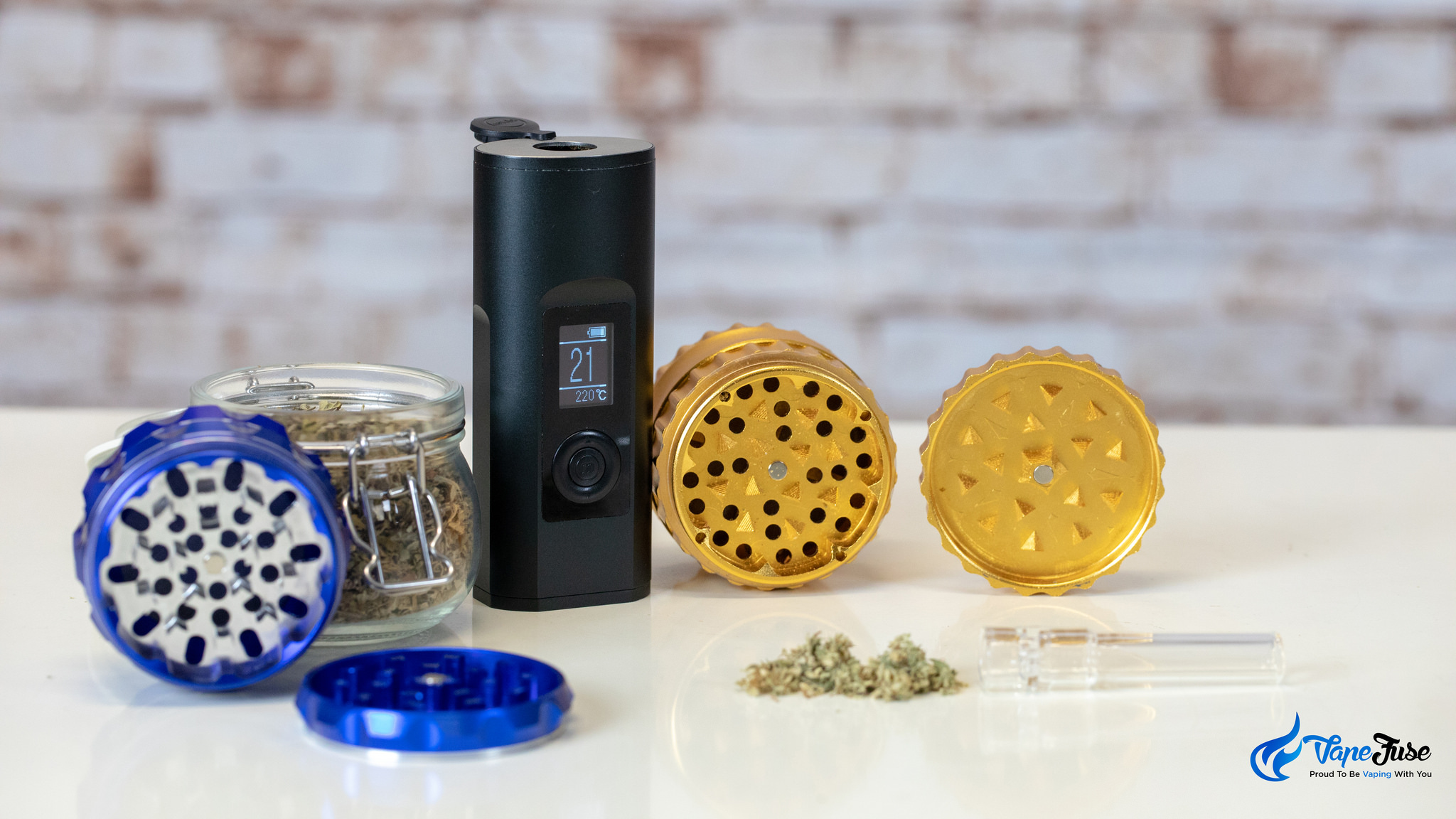 Arizer Solo II portable vaporizer with herb grinders