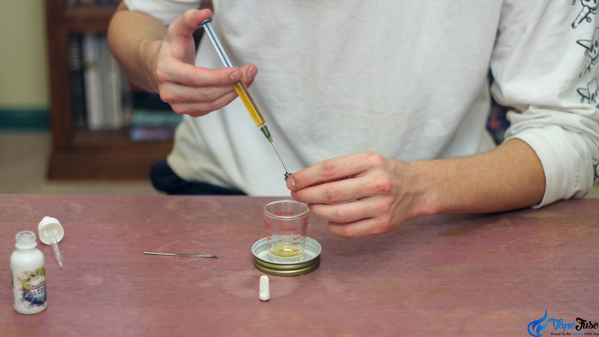 Filling up THC Oil Cartridge