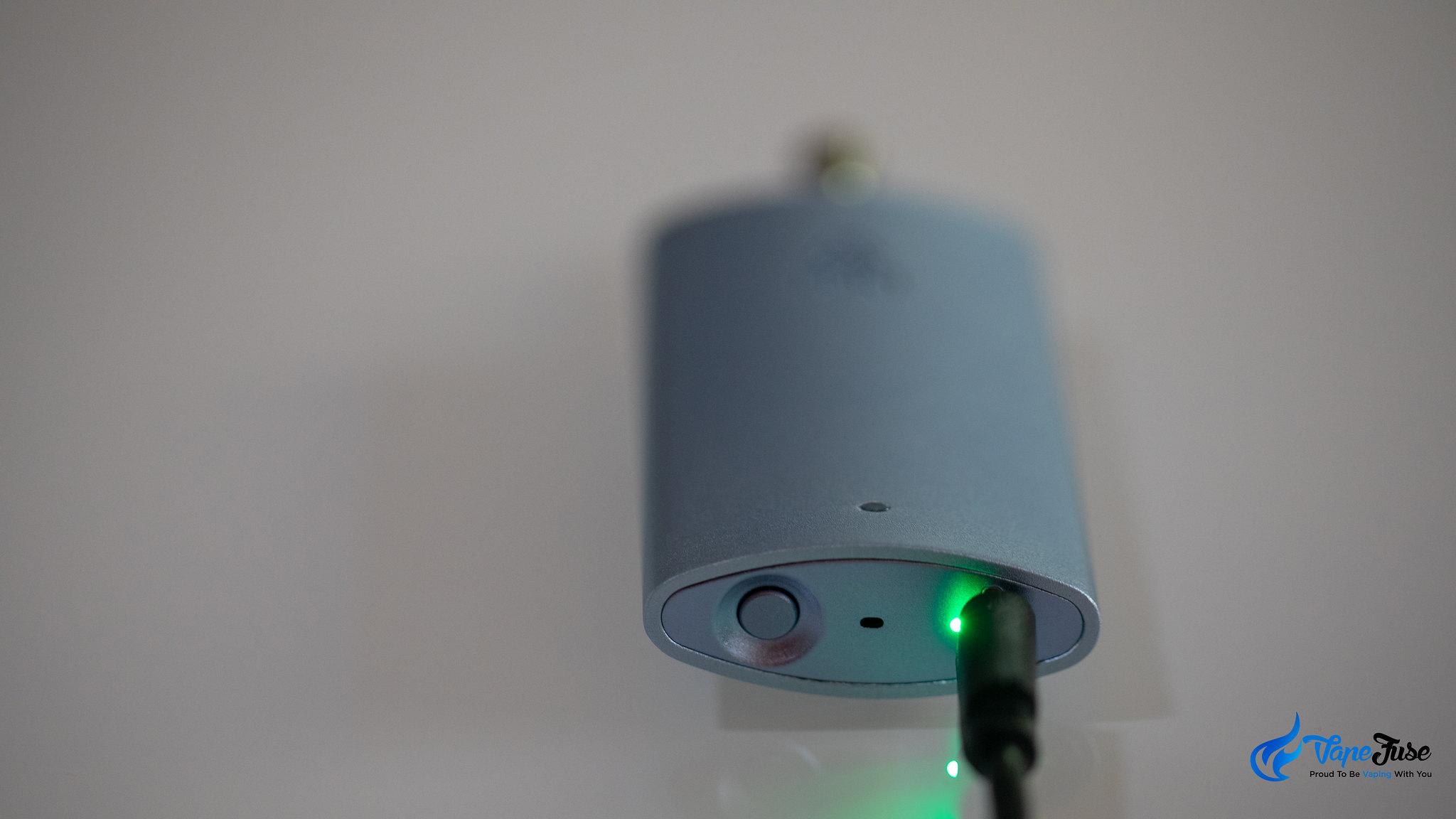 PCKT Vapor Unit vaporizer on the charger