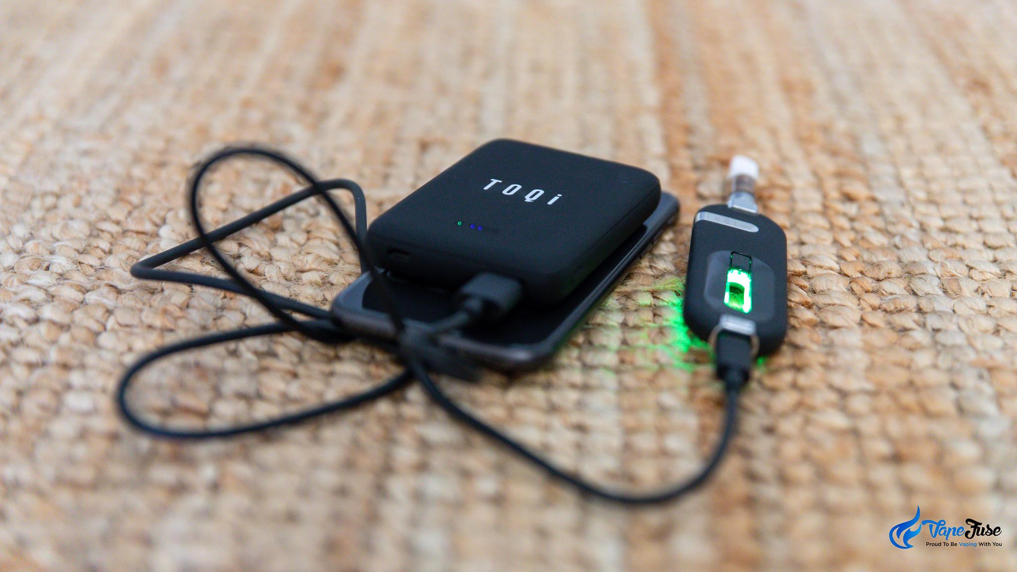 Toqi 510 vape on charger