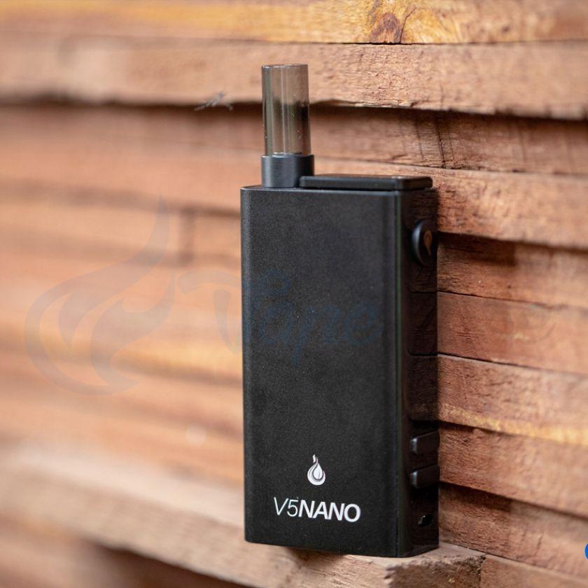 Flowermate V5 Nano Portable Vaporizer Lifestyle Image 1